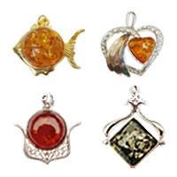 Imitation Amber Resin Pendants