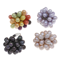 Cultured Freshwater Pearl Finger Ring, with Brass, Flower, platinum color plated, more colors for choice, 6-7mm, 32x33x28mm, US Ring Size:8, Sold By PC