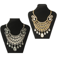 Crystal Zinc Alloy Necklace, with Crystal & Resin, plated, twist oval chain & for woman & faceted & with rhinestone, more colors for choice, Length:Approx 15.7 Inch, Sold By Strand