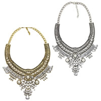 Crystal Zinc Alloy Necklace, with Crystal & Glass Pearl, plated, twist oval chain & for woman & faceted & with rhinestone, more colors for choice, Length:Approx 17 Inch, Sold By Strand