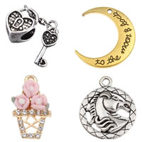 Zinc Alloy Jewelry Pendants
