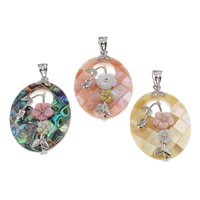 Mosaic Pattern Shell Pendants